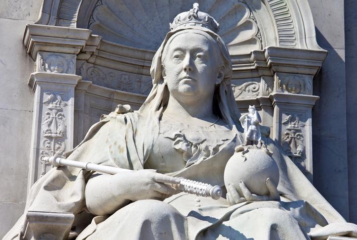 Queen Victoria Memorial, Buckingham Palace